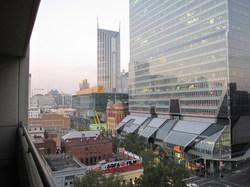 ホテル前の風景の写真